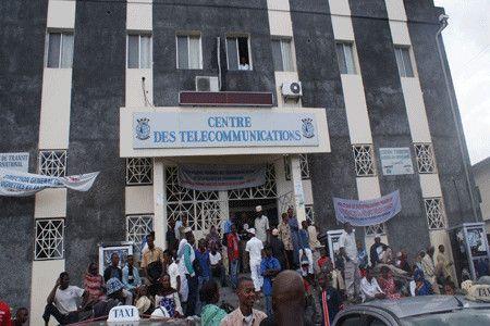Charikane de Comores telecom face au mollah Sambi!
