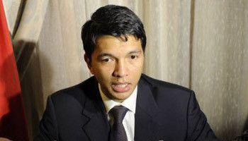 Madagascar: Rajoelina, candidat surprise à la présidentielle